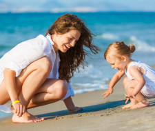 Dubai | Thoughts on Play | 10 Things to do with Children Under 5 by Edwina Viel