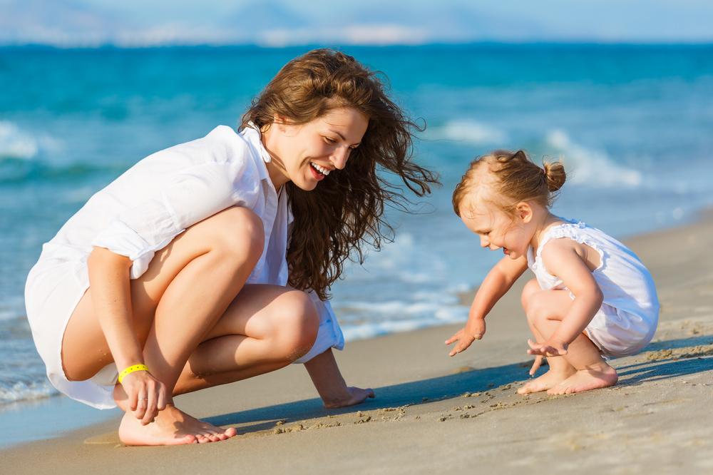Sotp Mother Child Beach